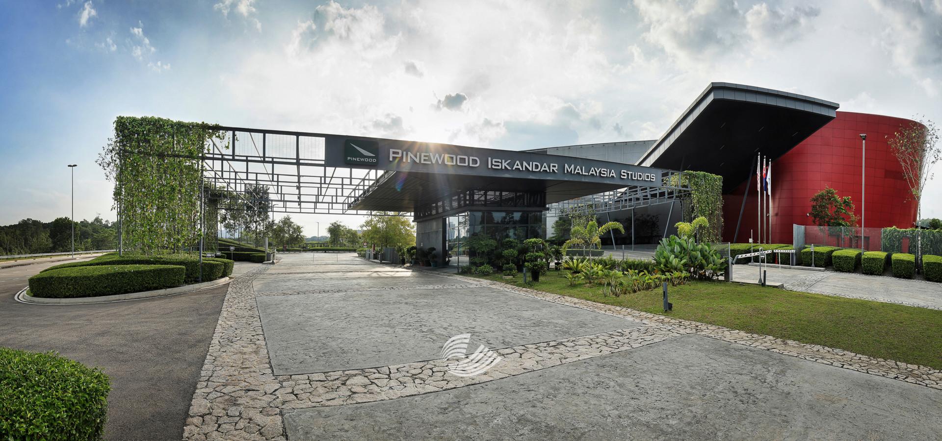 Pinewood Studios - 4