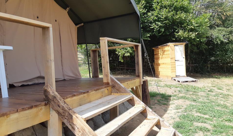 Tente de 45 m2 pour 4 à 6 personnes