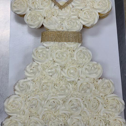 Bridal Dress (regular size cupcakes)