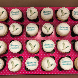 Promote your brand with mini cupcakes!