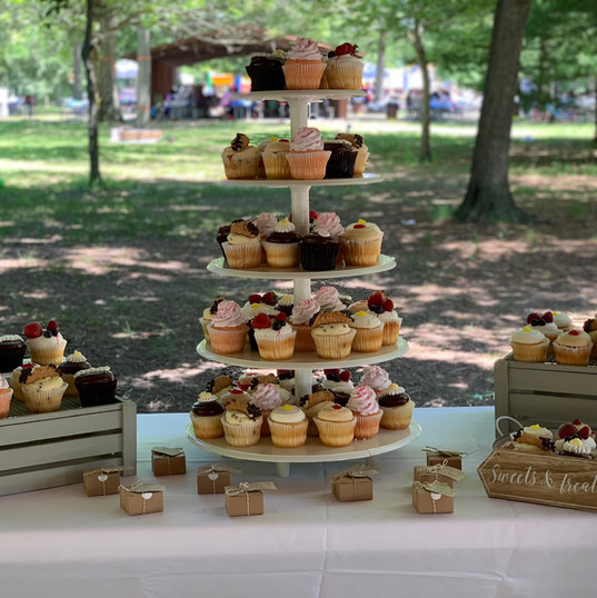 Cupcake display (regular size)