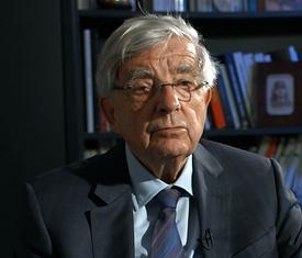 Jean-Pierre Chevènement pour le documentaire Guerre fantôme : la vente d'Alstom à General Electric