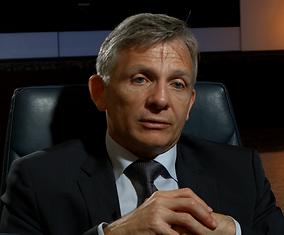 Eric Denécé pour le documentaire Guerre fantôme : la vente d'Alstom à General Electric