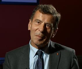 Henri Bentégeat pour le documentaire Guerre fantôme : la vente d'Alstom à General Electric