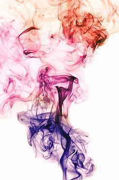 mouvement-fumee-blanche-lumiere-coloree_