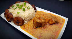 Peanut Stew, White Rice and Plantains