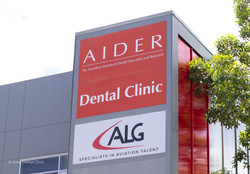 Aider-signoutside