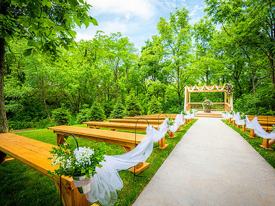 Wedding venue benches east central indiana