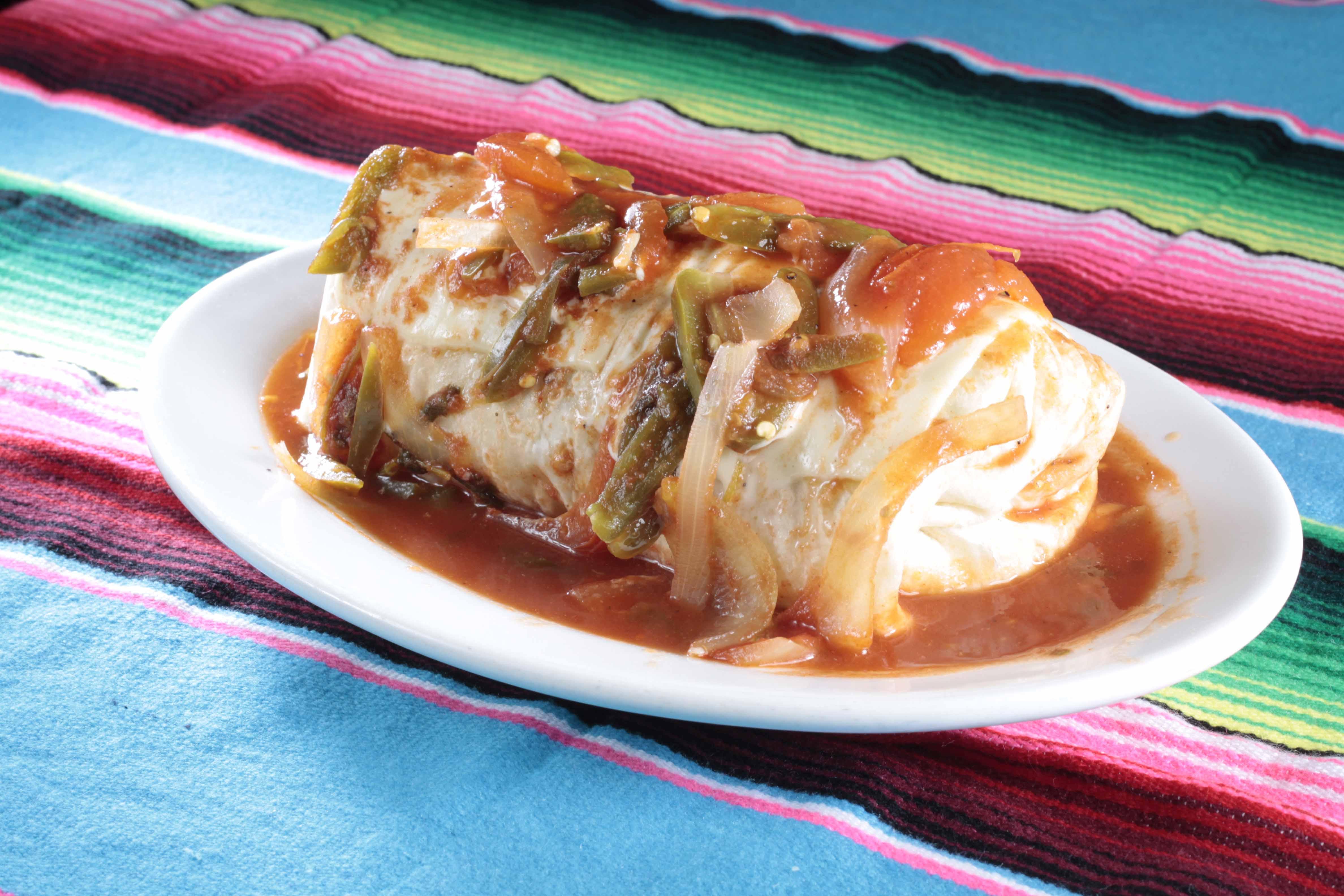 Burrito Sarape en Salsa Ranchera
