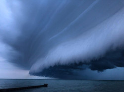Rolling storm, shot from the shores of Lake Erie