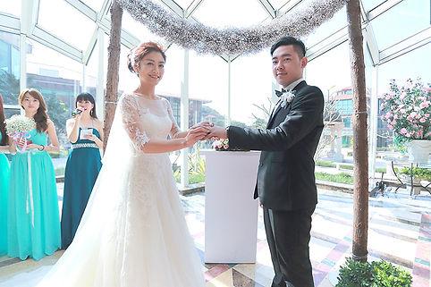 我們提供專業婚禮主持統籌服務