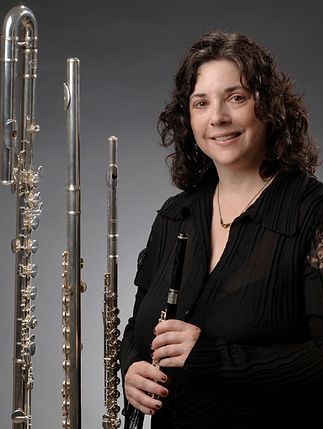 Emily%20Smith%20with%20all%20flutes%20--
