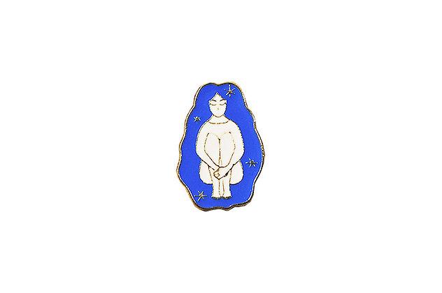 Pin Mujer cabello azul