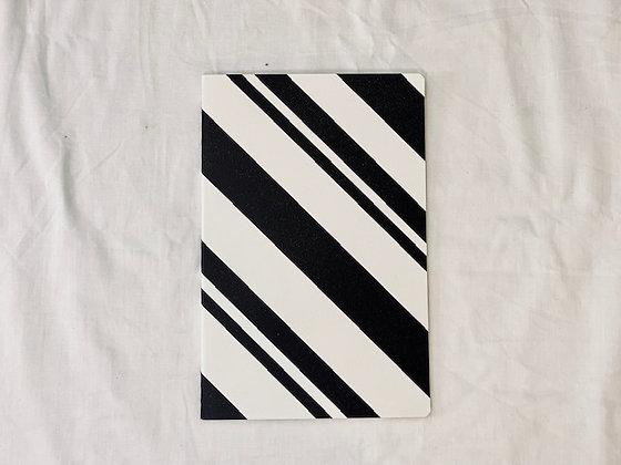 Libreta B&W diagonales