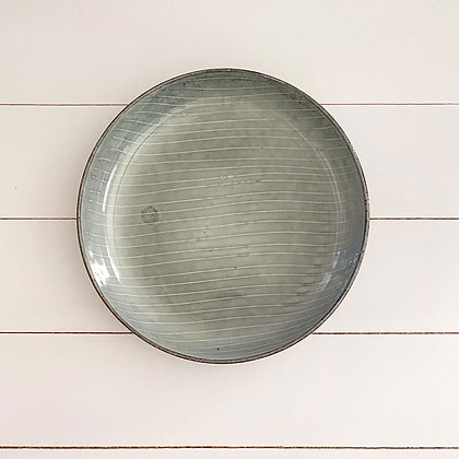 Fuente gris small