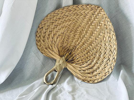 Abanico fibra mango curvo