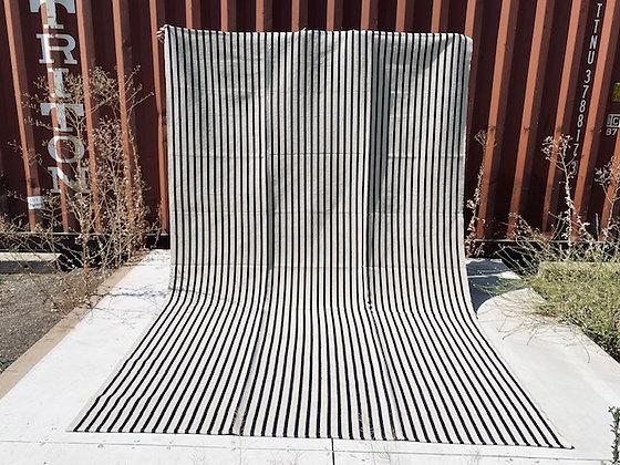 Alfombra 2 x 3 mt rayas finas blanco y negro