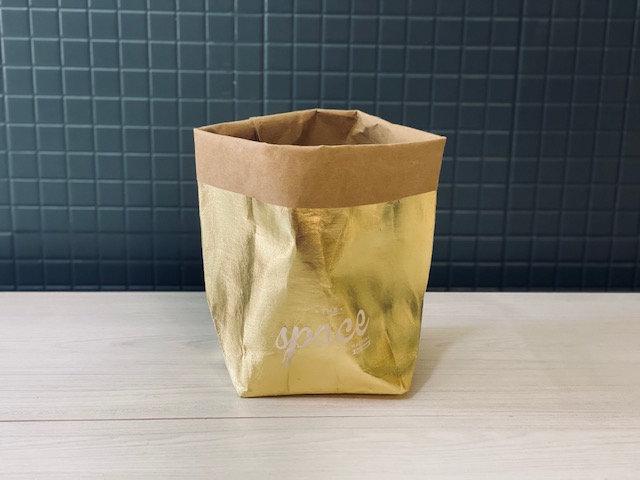 Porta macetero paper dorado chico