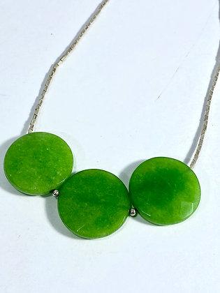 Collar corto de plata y ágatas verdes