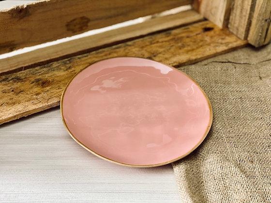 Plato pan rosado borde café