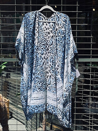 Kimono animal print celeste