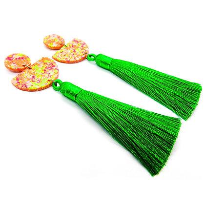 Aros Lucía Base cobre brillante con flúor y borla verde