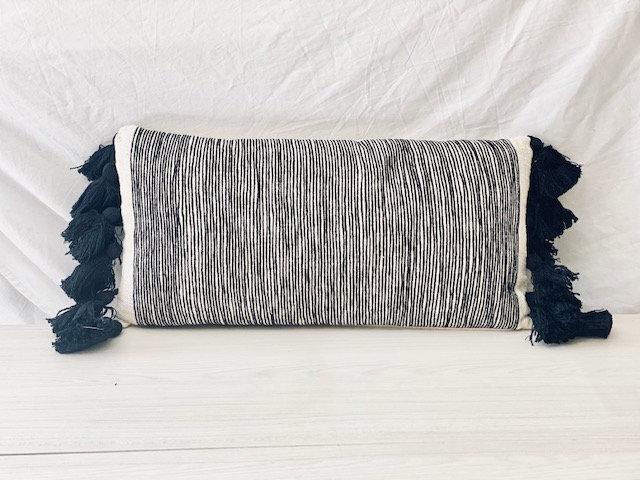 Cojín tejido rectangular B&W 28x60 cm