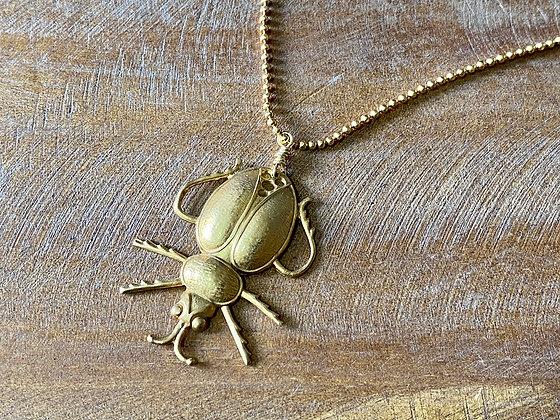 Collar baño oro escarabajo 2