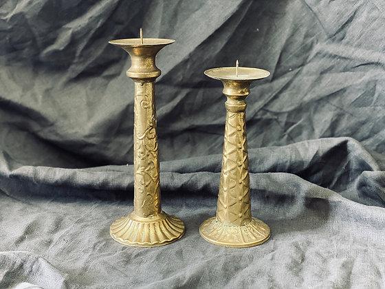 Candelabros antique venas dorados