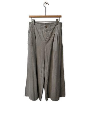 Pantalón tiro alto gris claro