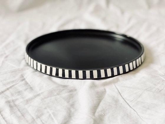 Plato redondo grande Ø 25 cm loza blanco y negro