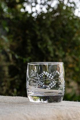 Vaso bajo cristal tallado
