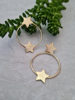 Aros de Estrellas Dobles de Oro