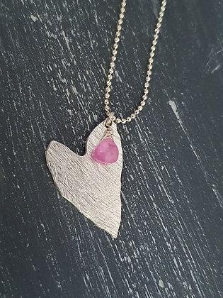 Collar corazón con piedra rosado