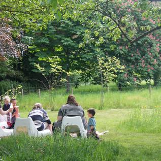 Picknick in de wei