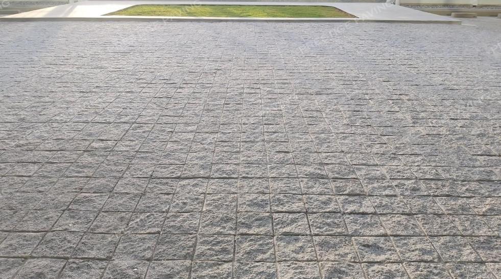หินลูกเต๋าแบบก้อน แกรนิตสีขาว ตัดเรียบ 5 ด้าน