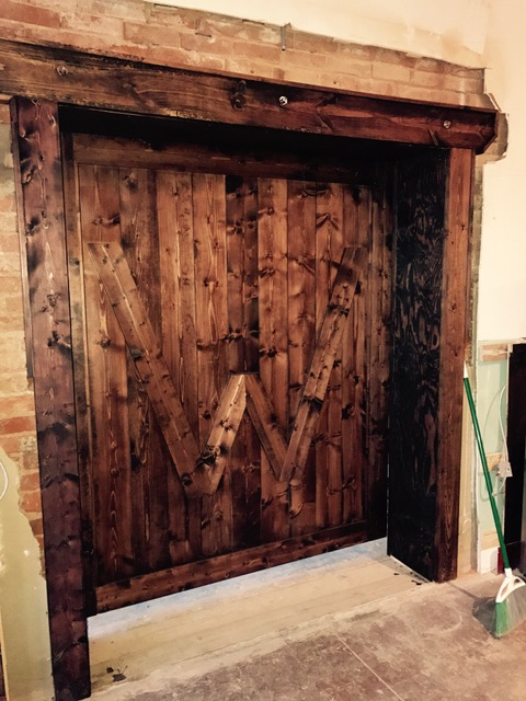 Barn Door photo1