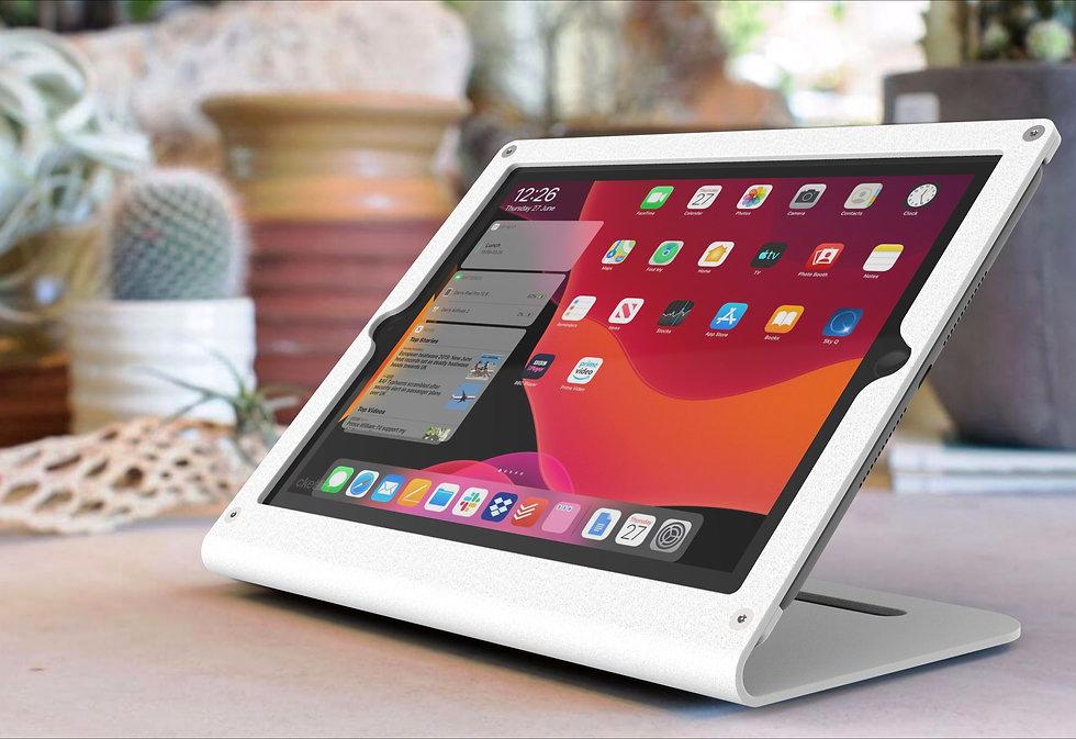 מעמד מאובטח לקופה ל- iPad,  במארז ומחזיק בצבע לבן