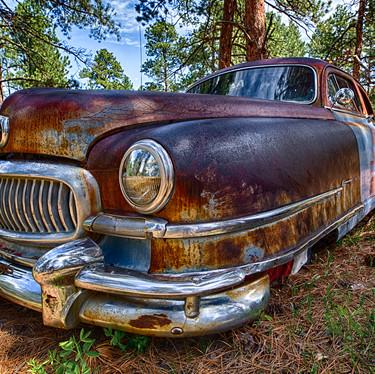 Old Car Closeups-1.jpg