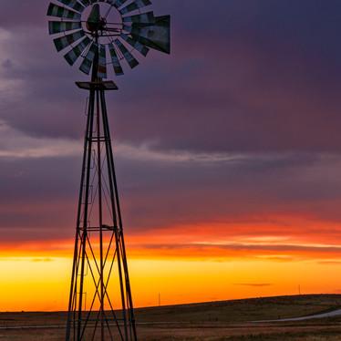 Eastern Plains Sunset v2.jpg
