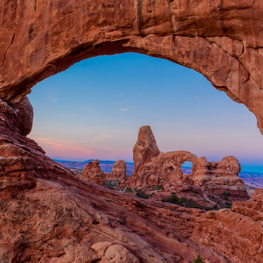 Turret Arch Sunrise.jpg