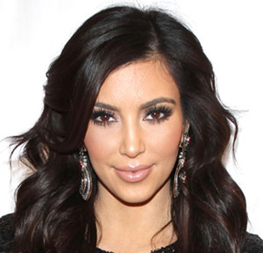 Kim-Kardashian-Wavy-Layered-Hairstyle.jpg