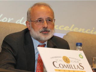 Julio Eisman Valdésganador del Premio Javier Benjumea 2020.