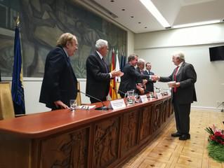 Entrega de la Medalla de Miembro de Honor a D. Pablo Bueno Sainz.