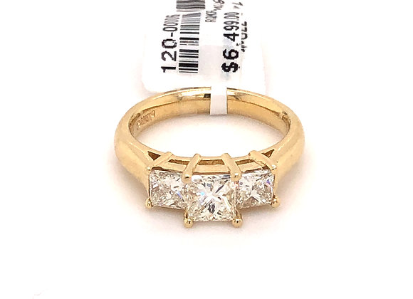 Yellow gold 3 stone diamond ring