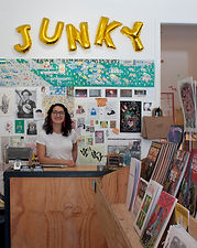 Kitty+Gang+Meets+Vlada+of+Junky+Comics.j