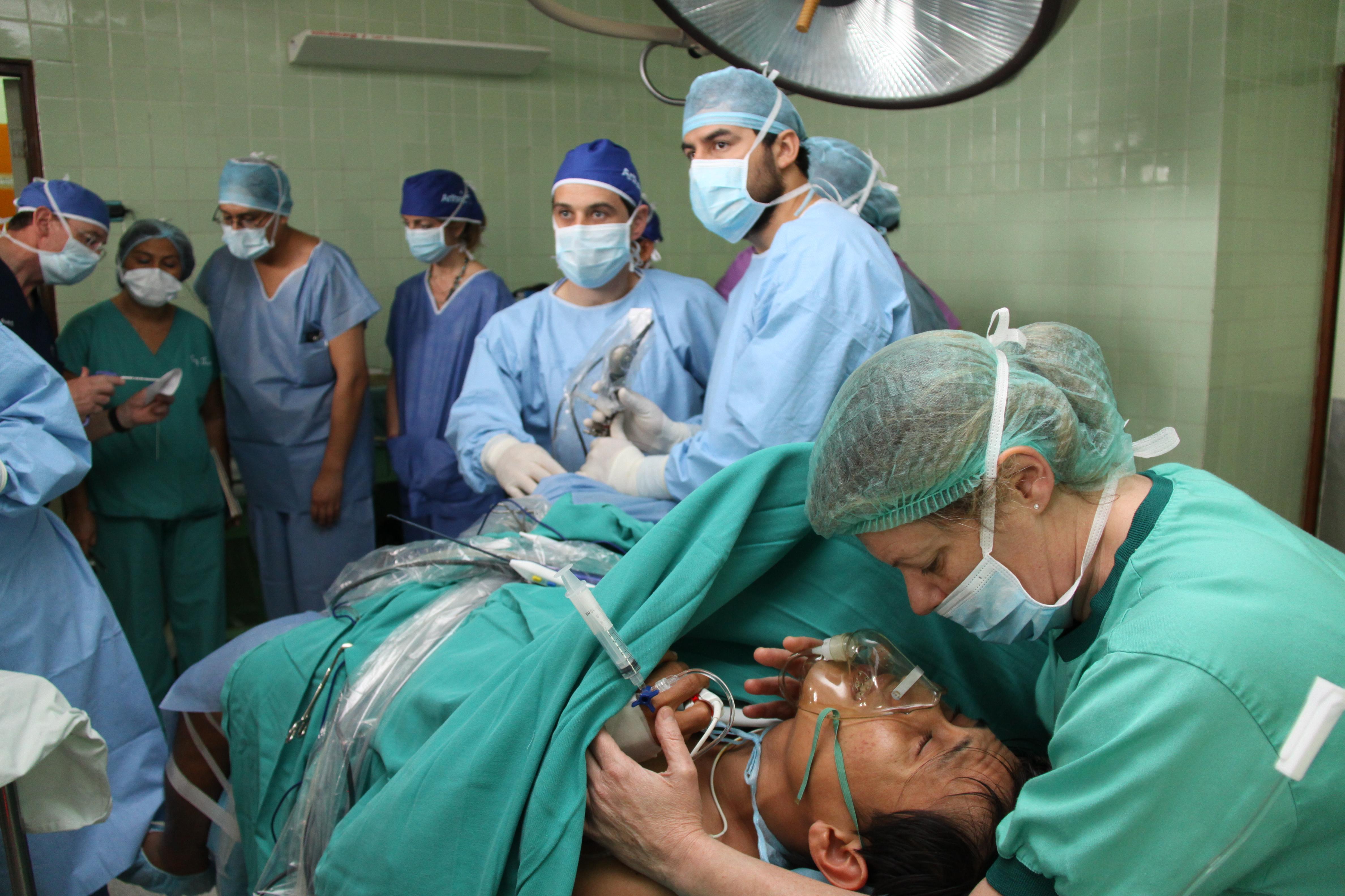 Cirugía de Artroscopia de Rodilla