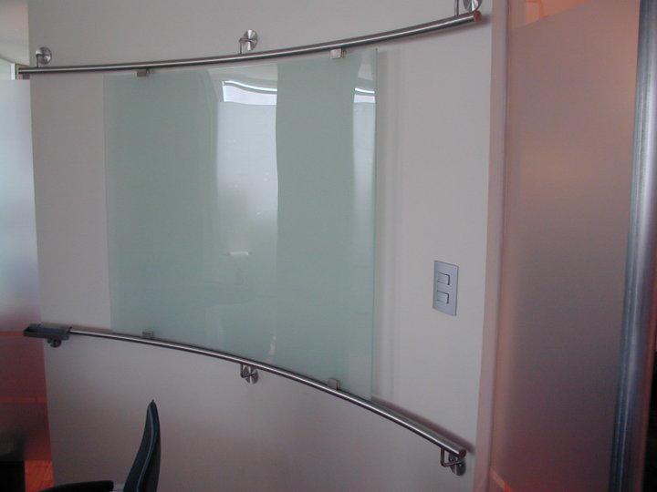 Pizarrón vidrio-acero inoxidable