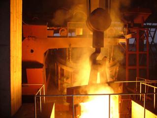 El aumento en los precios del acero.