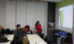 Monika Maria Möhring lehrt die besuchenden Studenten